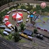 Modelové železnice - cirkus, závodní dráha