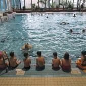 V Příbramském bazénu